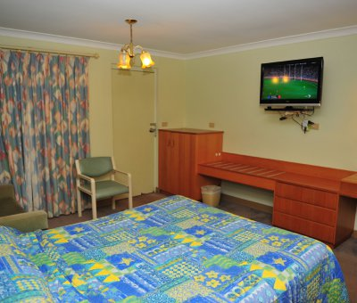 8428_single double twin room